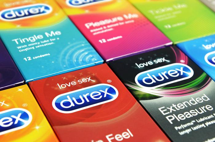 Prezervatyvai internetu: kuo naudingas šis apsipirkimo būdas?