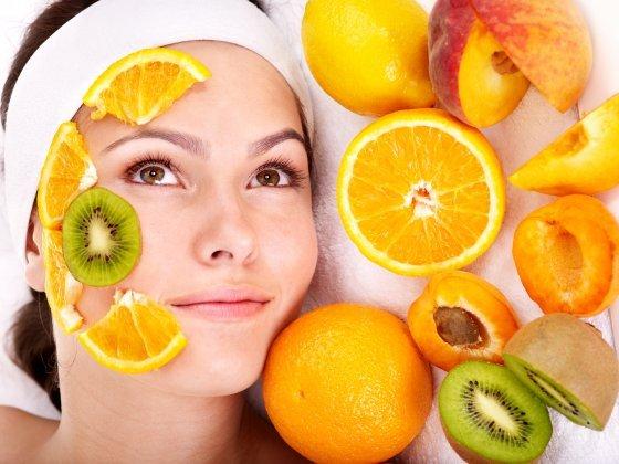 Natūrali kosmetika – pagražinti išvaizdai ir nepakenkti sau!