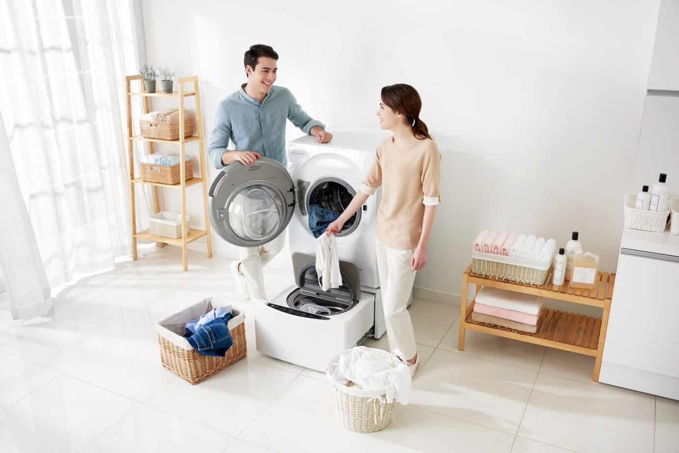 "Originali skalbimo mašina LG ""TWINWash™"" plauna dviem būgnais"